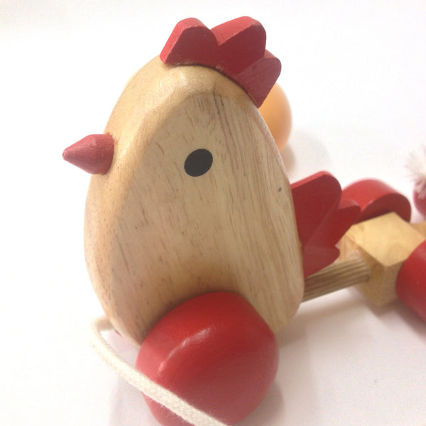 Pull Along Toy / Chicken with 3 eggs