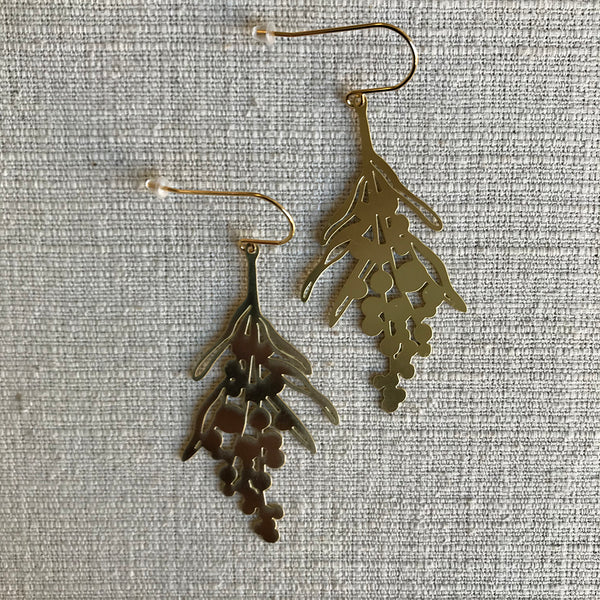 Wattle flower earrings / Gold
