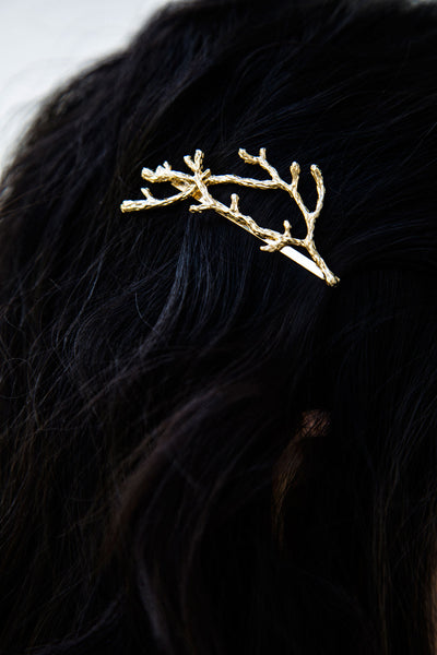 The Modern Twig Hair Clip, Best Minimalist Accessories For The Hair. An alluring pin designed intricately, simply slide the twig pin into your hair to accent a variety of hairstyles.