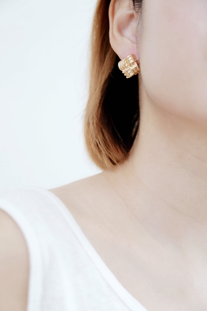 Oali Earrings