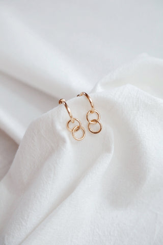 Kinn Earrings