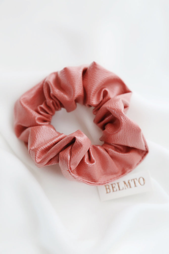 Bu Scrunchie (Peach)