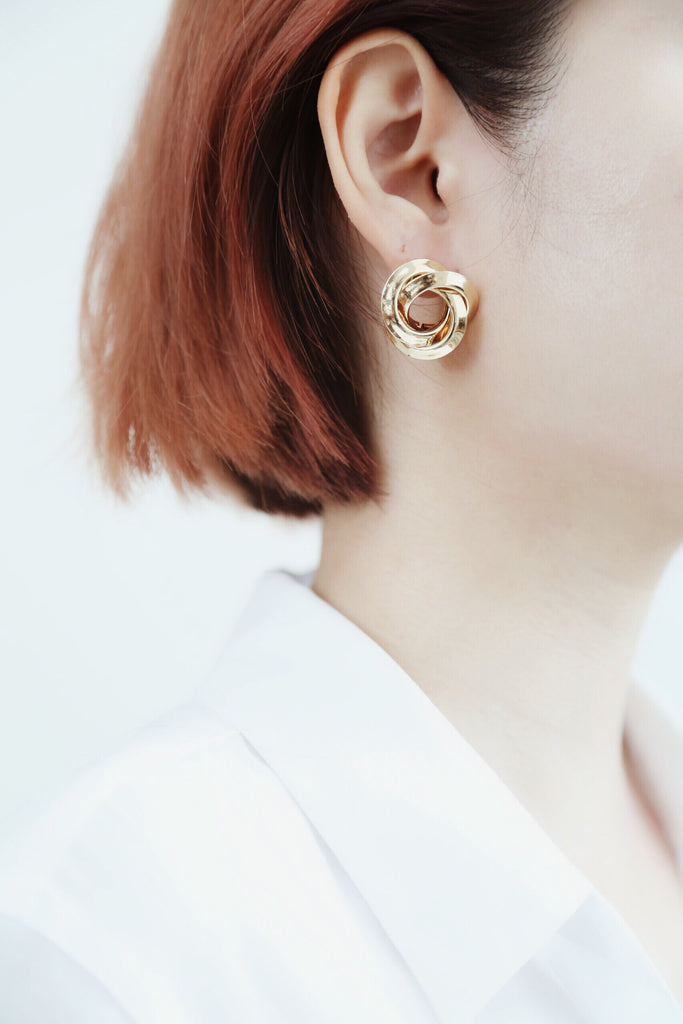 Lok Earrings