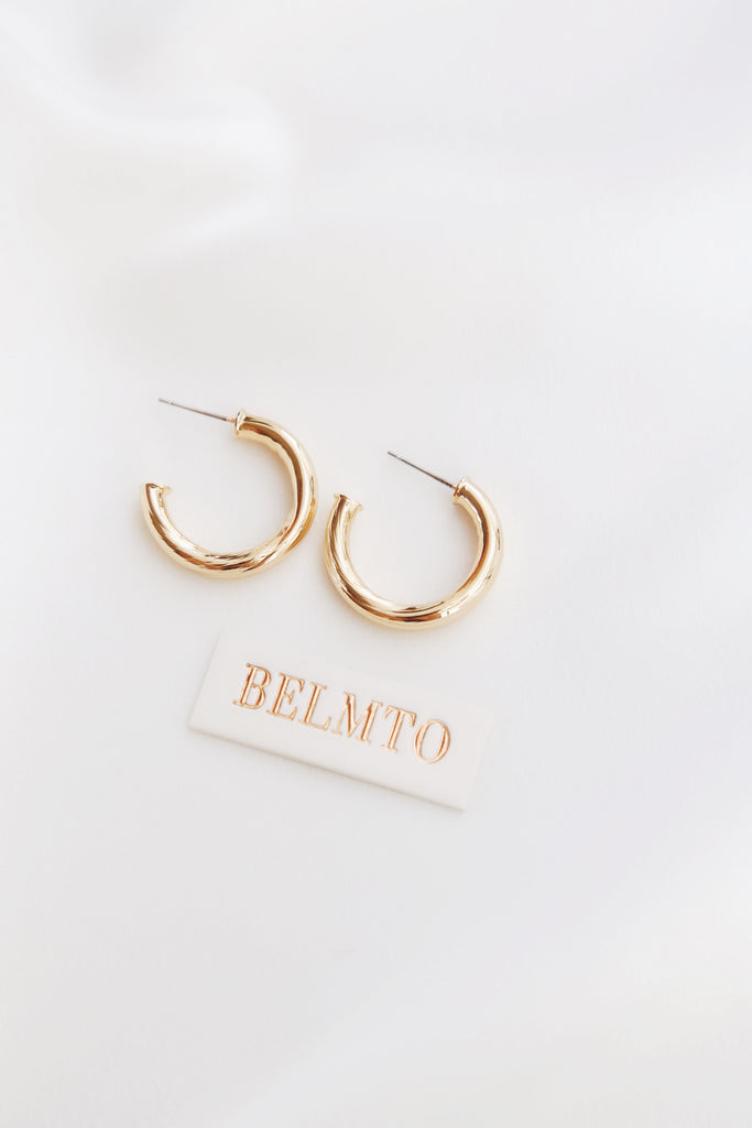 Oli Earrings (Plain)