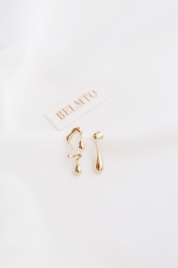 Pila Earrings