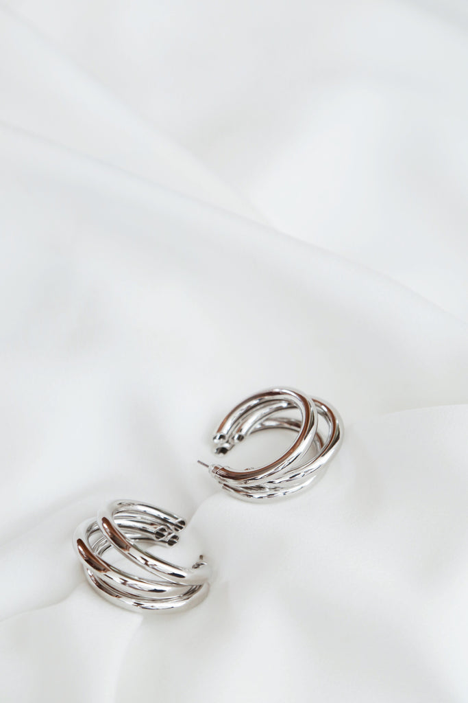 Tola Earrings (Silver)