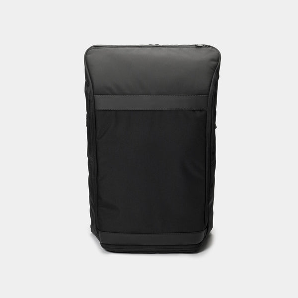 invisible backpack THREE in black - front
