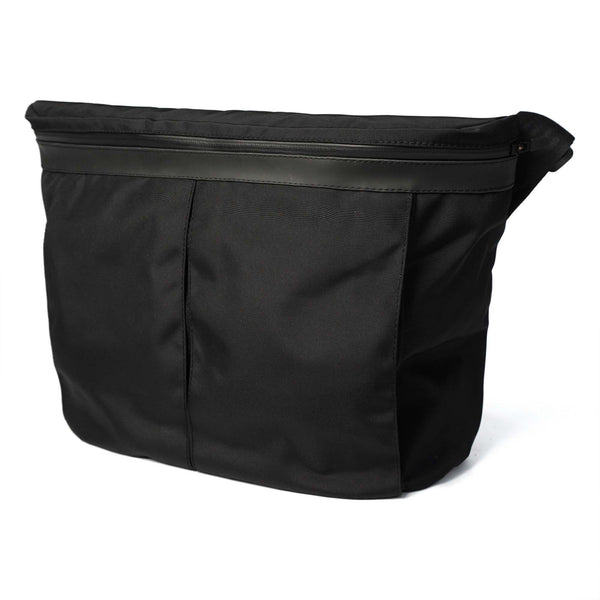 px weatherproof Invisible messenger bag