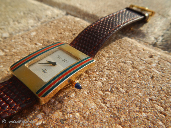 GUCCI Watch Vermeil Gold Plated Red Blue with Blue Cabochon
