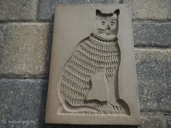 La Mirada Pottery Mold Wall Art Cat 1930's