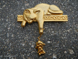 Vintage 1980's Signed JJ Pin Brooch Cat and Mouse Gold Tone Jonette