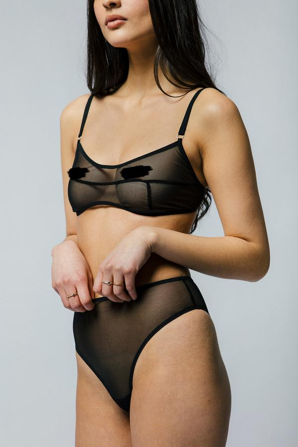 Kendi Bra Black | Mary Young