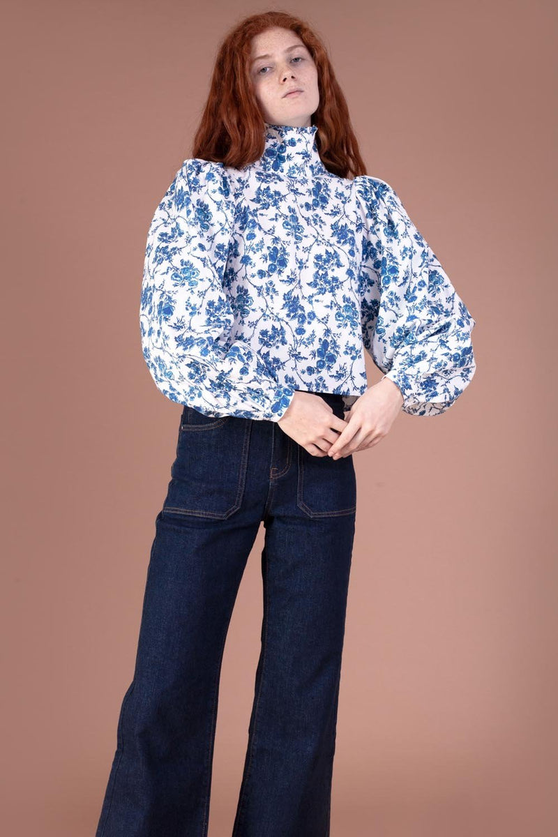 Carnation Top Blue Floral
