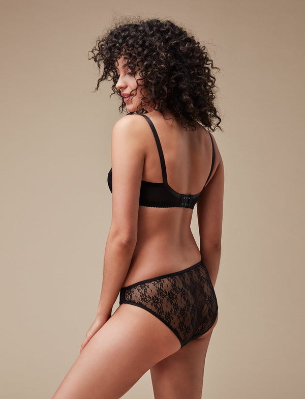 The perfect everyday low rise underwear that fuses silky soft jersey panelling front contrasted by a semi-sheer stretch lace back for a seamless appearance under clothing. Fold-over elastic binding frames all edges. Designed by Fortnight Lingerie in Toronto.  Made in Toronto, Canada