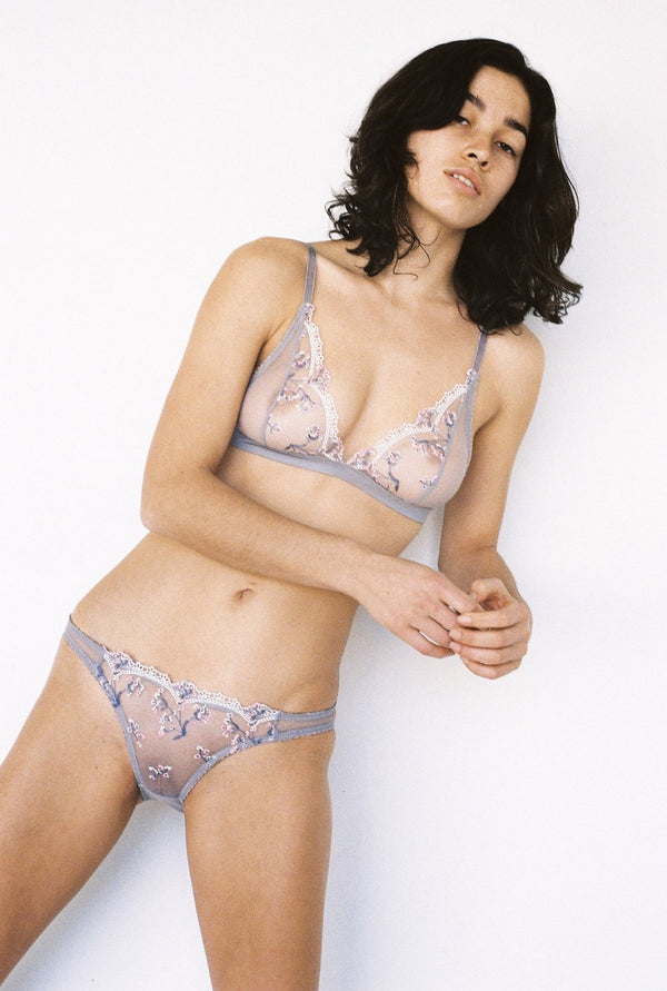 We are obsessed with the teardrop shape of this soft cup, featuring a standout fluoro embroidered lace, custom made at our European mills. The lace is panelled with a soft flexible mesh through the cup for superior fit and comfort. This lace bra is both sexy, stylish and comfortable! Designed by Lonely Hearts.