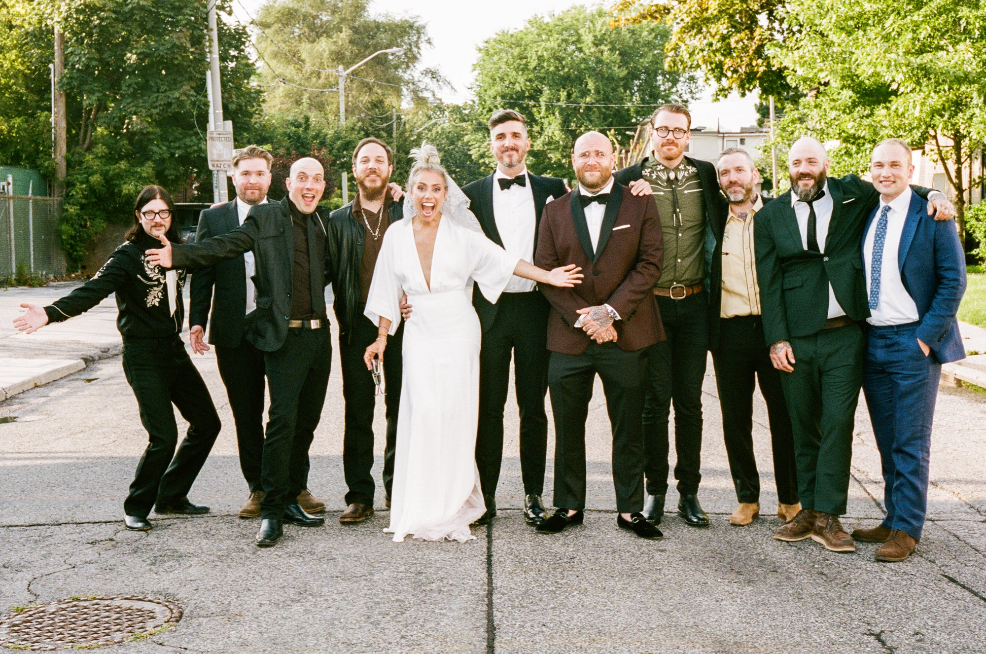 The Manual: A grooms guide to planning a wedding