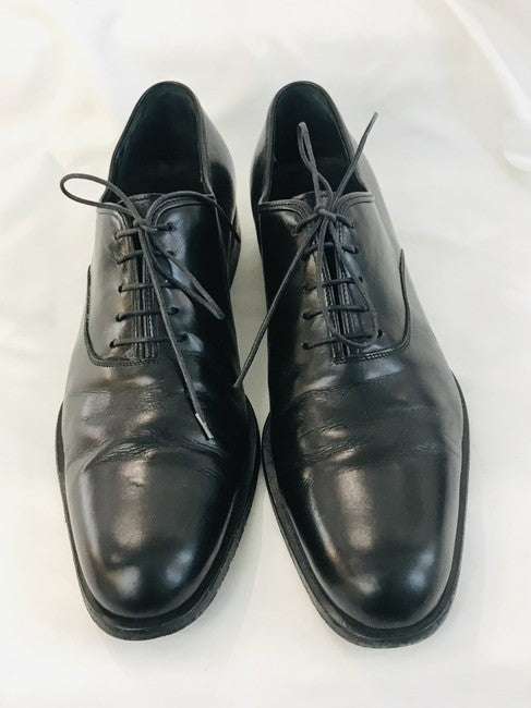 Salvatore Ferragamo Men's Black Plain Toe Lace Up Flats Size 8.5