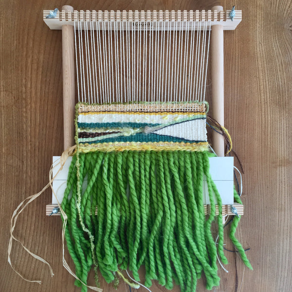 3 Hour Introduction to Frame Loom Weaving at Julia Davey, Bath: Saturday 15th February 2020 (PLEASE BOOK THROUGH THE JULIA DAVEY WEBSITE, LINK IN DESCRIPTION)