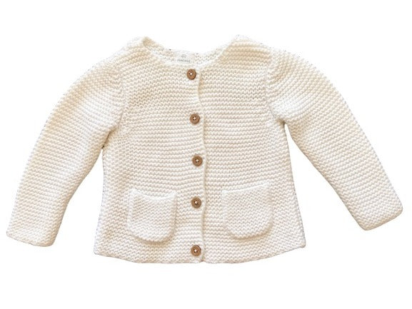 second-hand baby sweater. Made from organic cotton for infants 9-12 months. High quality cheap baby clothes.