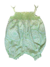 second-hand baby clothes. Green Romper for infants 0-3 months