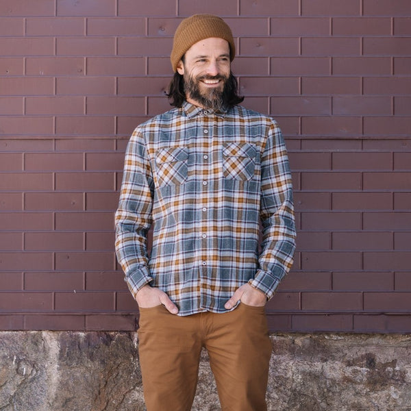 Truman Outdoor Shirt in Gray/Caramel Plaid