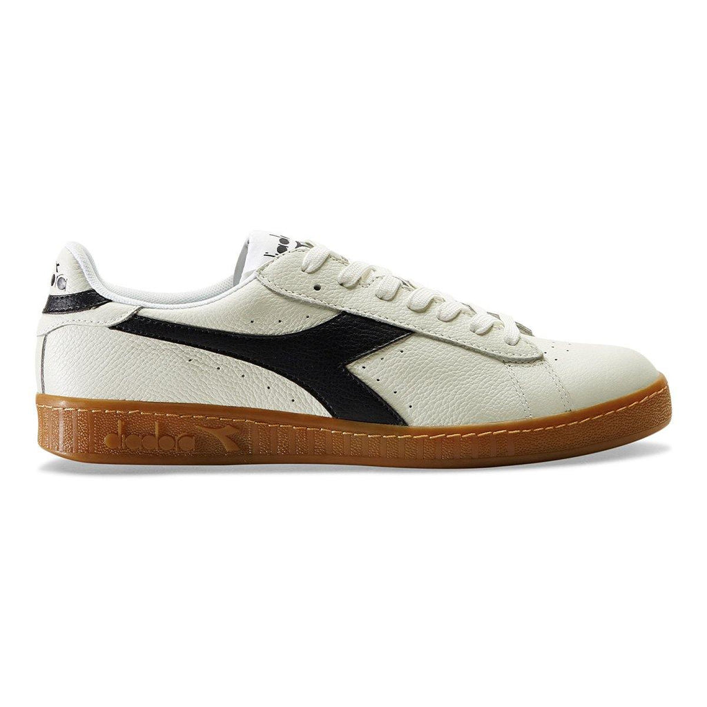 Game L Low in White/Black