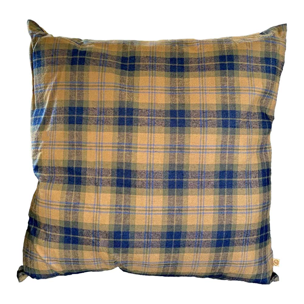 Pillow in Gold Plaid