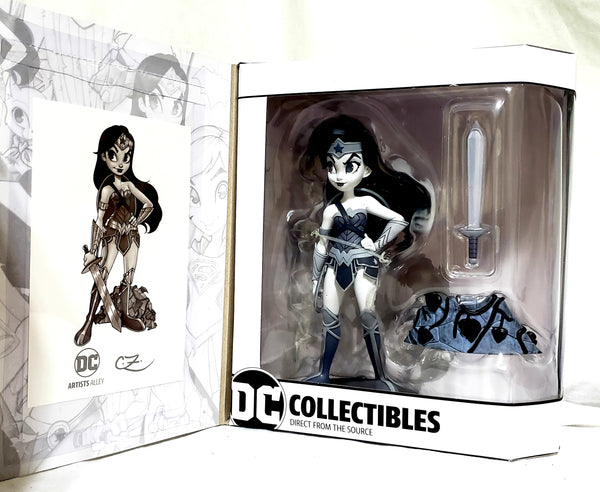DC Artists Alley Wonder Woman Black and White by Zullo Vinyl Figure, DC Comics- Have a Blast Toys & Games