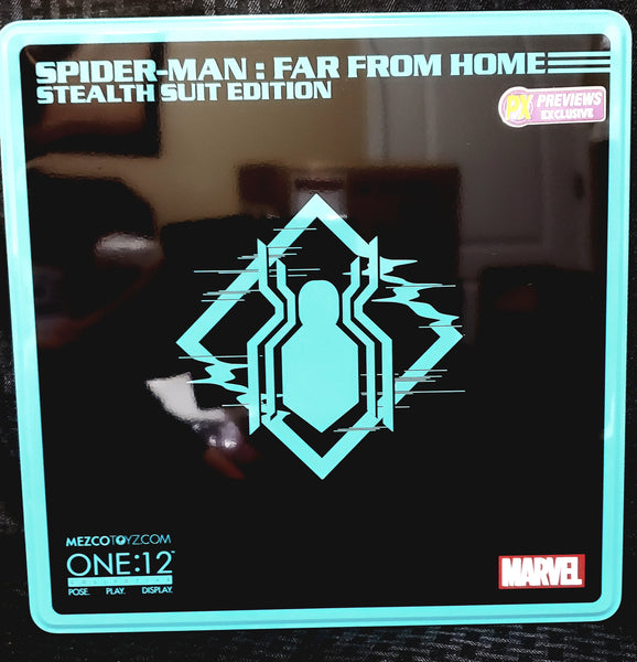 Mezco One:12 Collective Spider-Man Far From Home Stealth Suit PX Figure