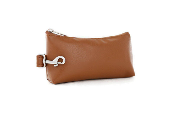 Saddle Brown SIGNATURE IT BAG • Pouch
