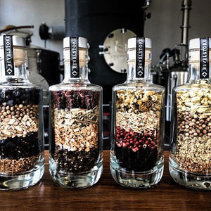 botanicals-gin-bottle