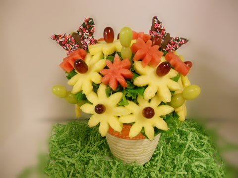 Crazy Daiseys Fruit arrangement