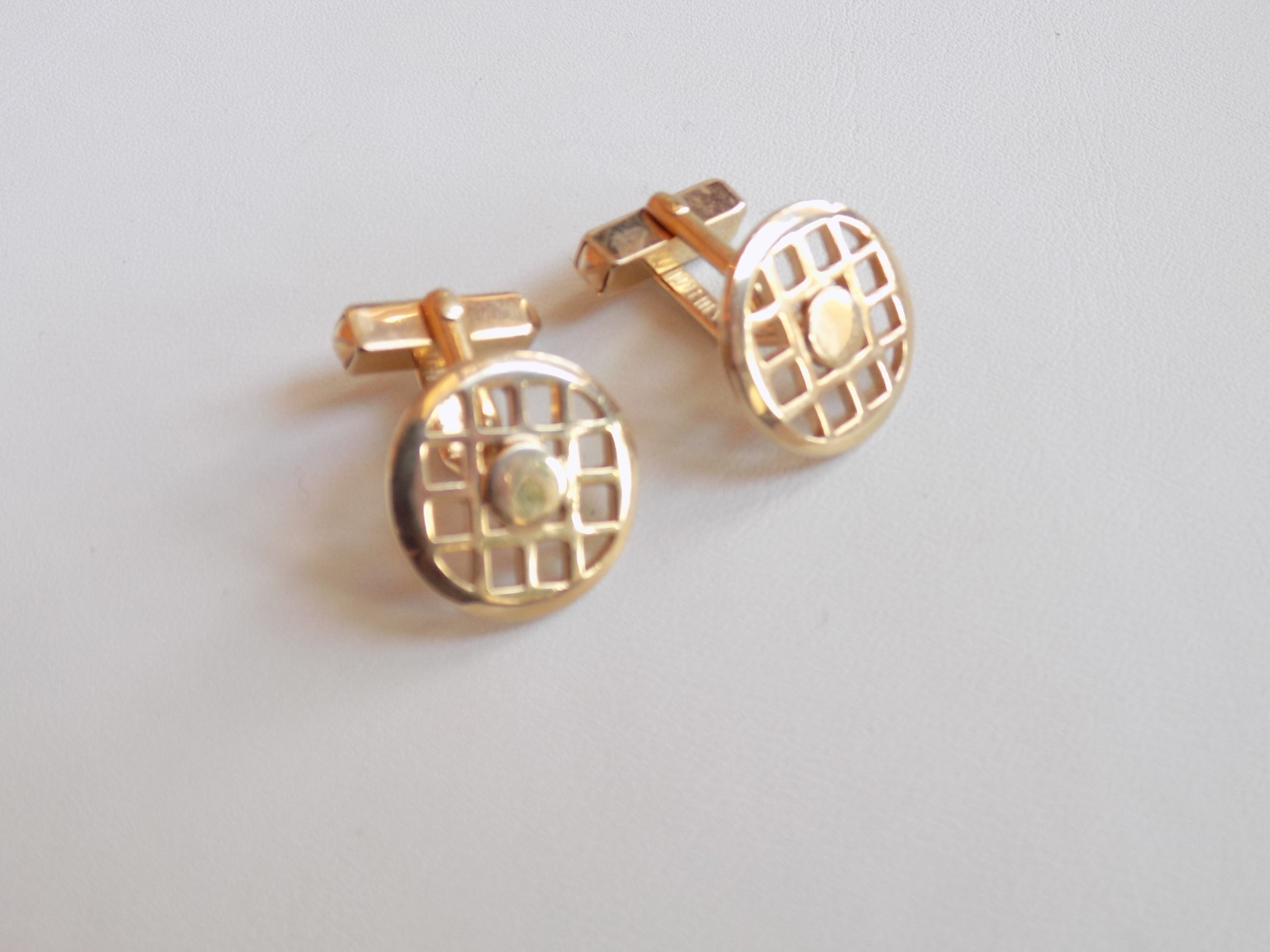 Gold Circle Grid Cufflinks