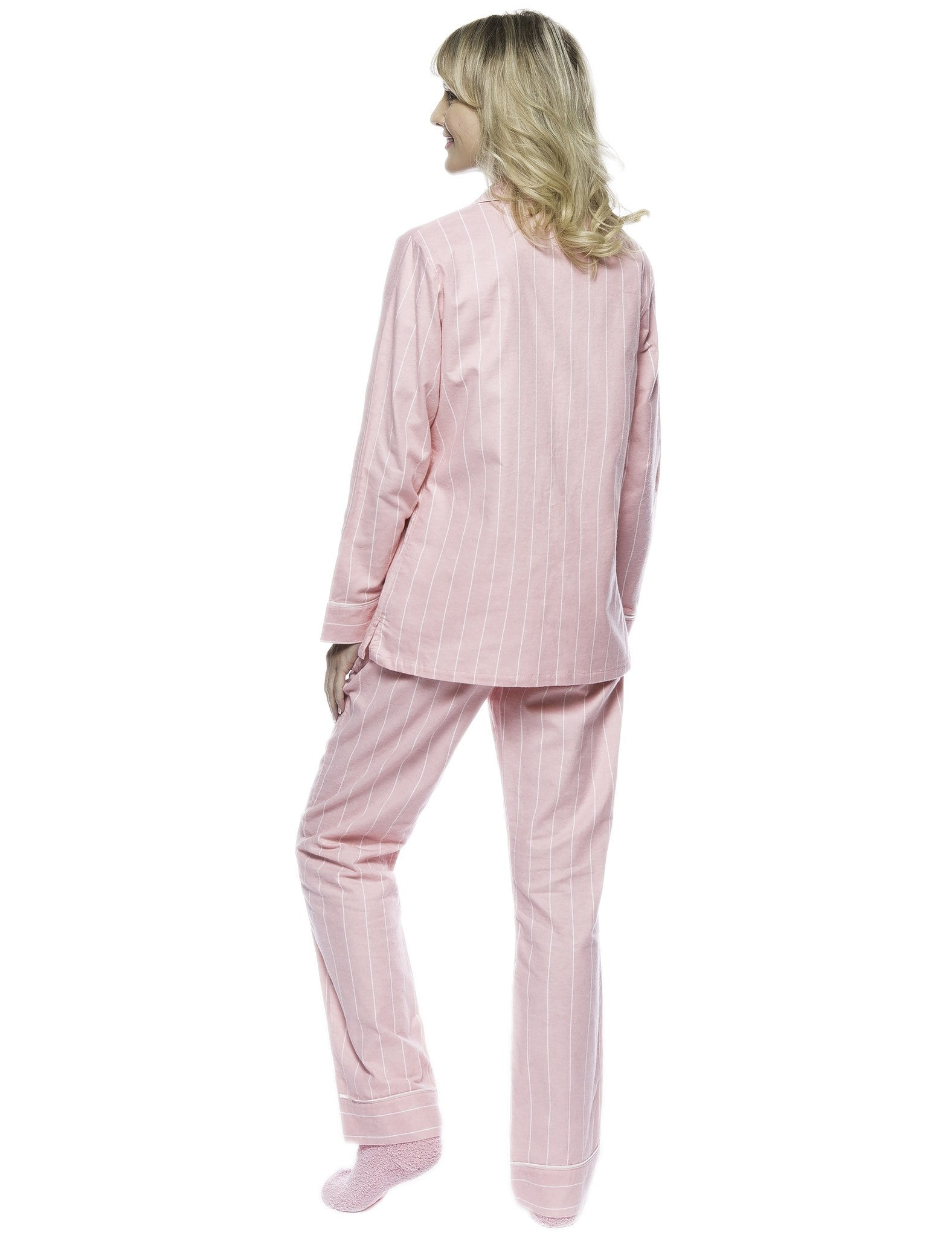 Noble Mount. Boxed Pacakged Womens Premium Cotton Flannel Pajama Sleepwear  Set with Free Plush Socks f0e632080