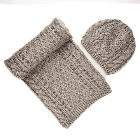 Noble Mount Mens Super-Soft Cable Knit Avalanche Scarf and Hat Set