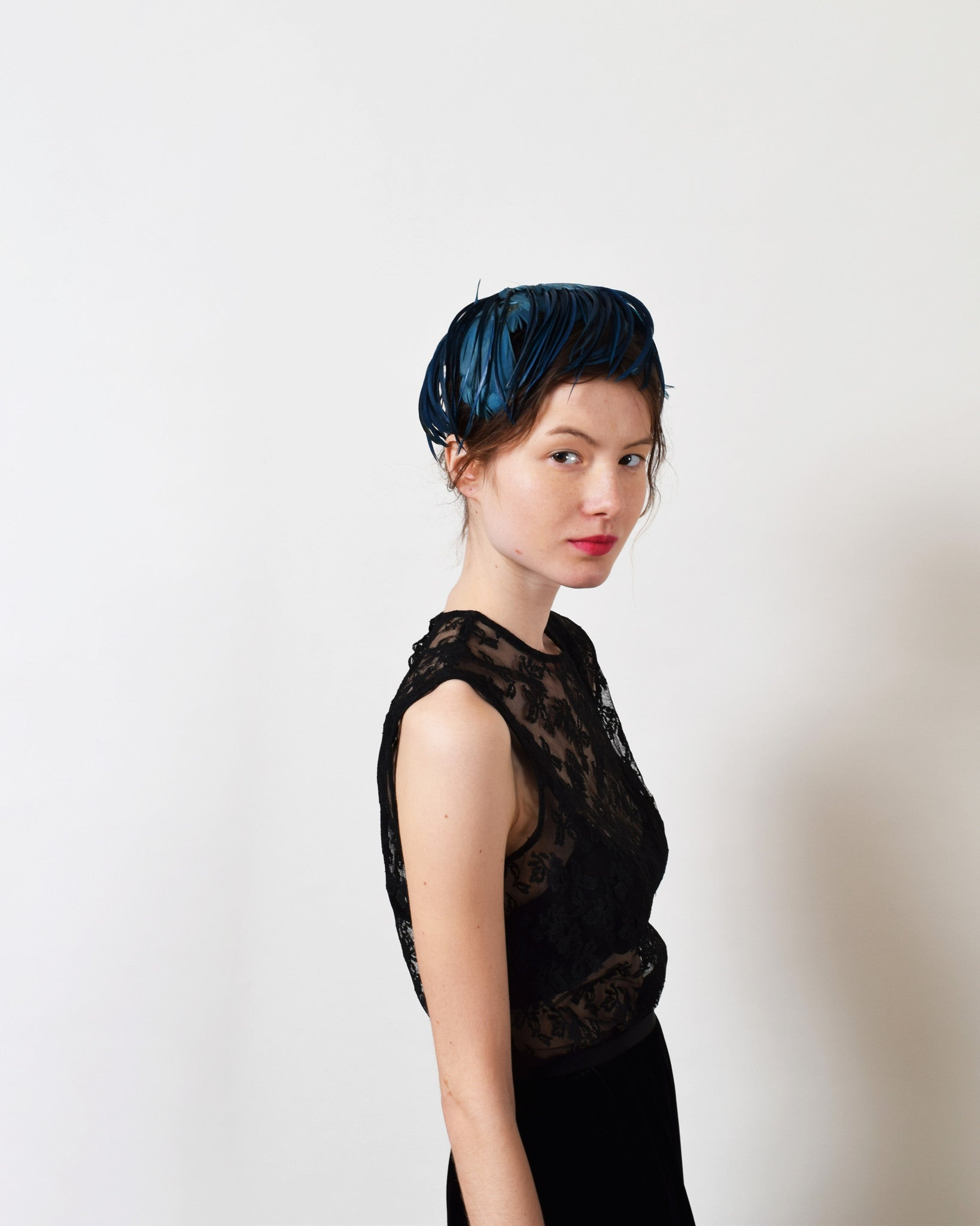 Vintage 1950s Blue Feather Cocktail Hat