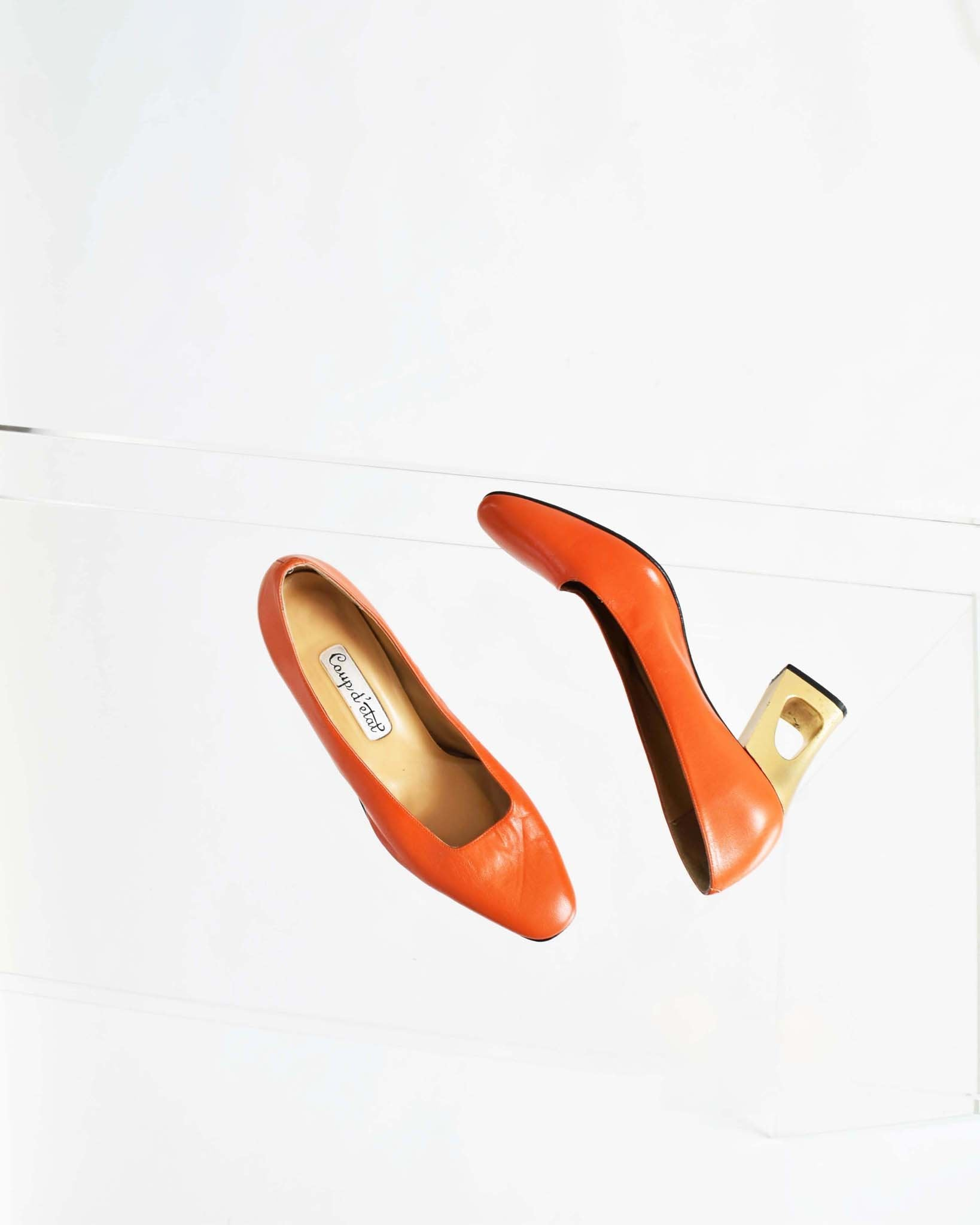 Vintage Orange Pumps, Size 9