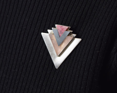 Vintage Sterling Arrowhead Brooch