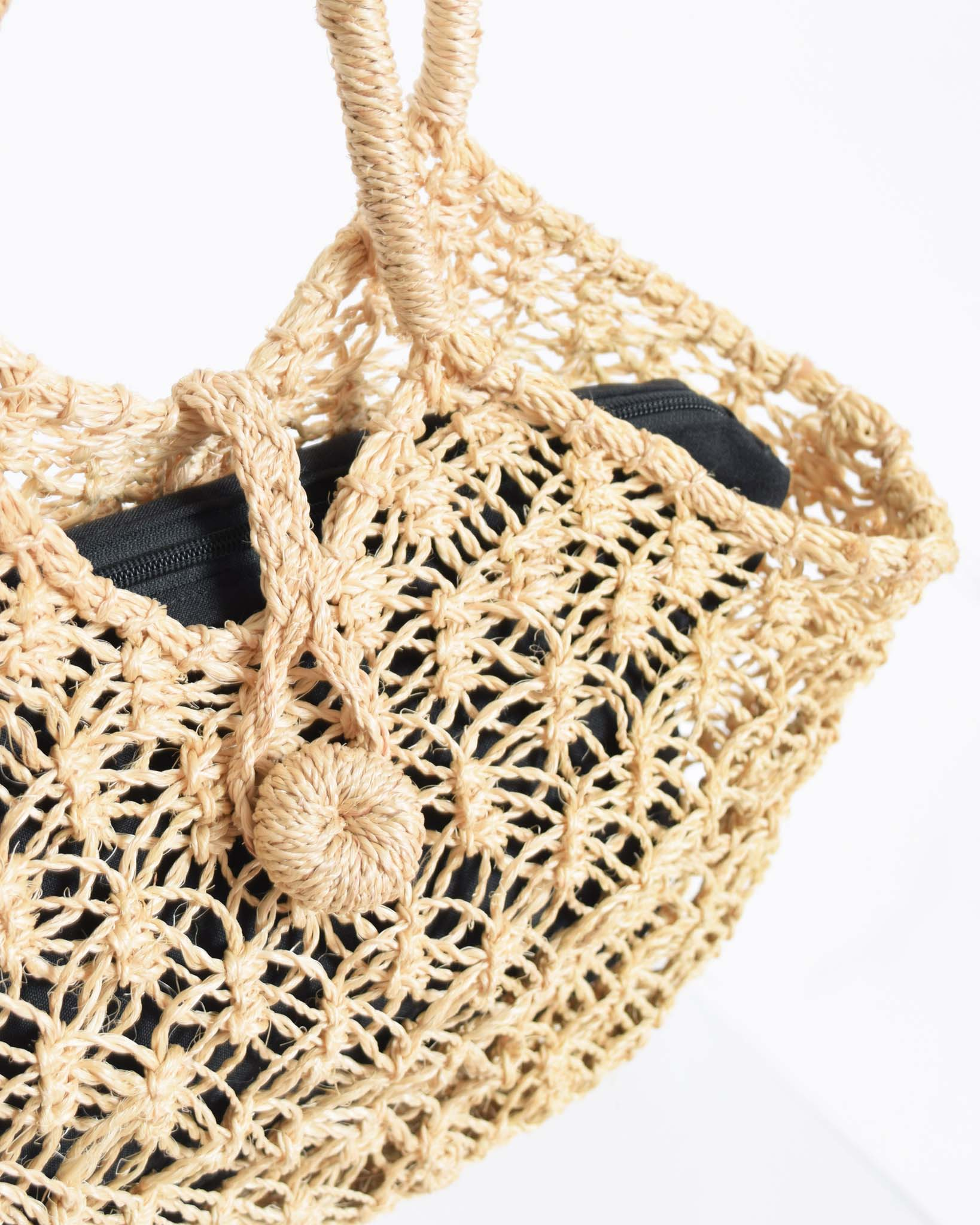 Straw Summer Tote with Interior Pouch