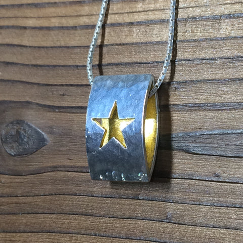 Star Ellipse Pendant - Polished