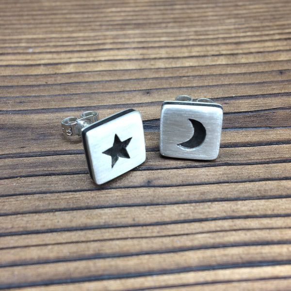 Star and moon earrings - brushed finish