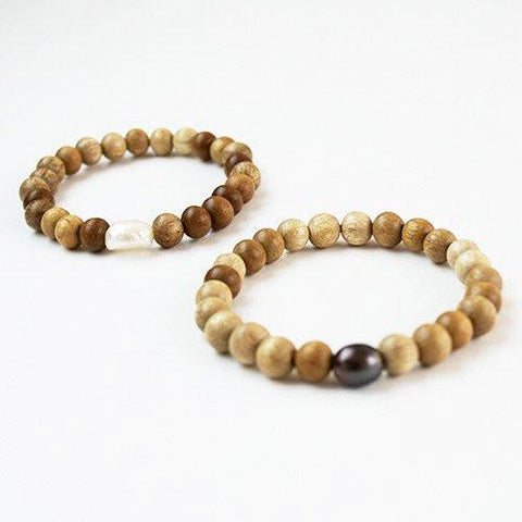 Image of Stretchy Irregular Pearls with Blonde Wood Bracelet - Cece & Me - Home and Gifts
