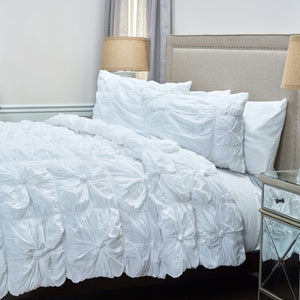 Day Dream Quilt Set ~ White