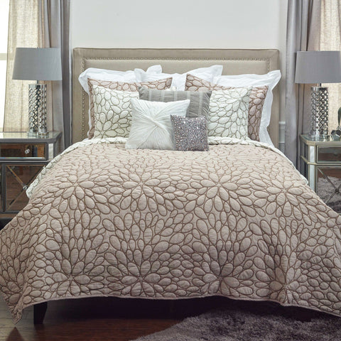Image of Petal Blush Quilt & Shams - Cece & Me - Home and Gifts