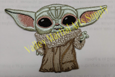 "Baby Yoda Mandalorian Embroidered Patch (4"" wide x 2-3/4"" tall) Iron on/Sew on"