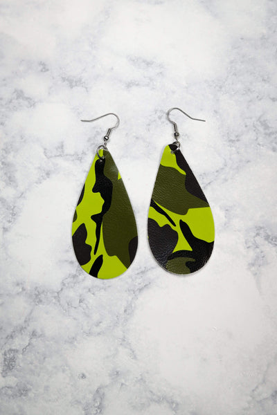 Glitzy Girlz Boutique Adventurous Leap Earrings, Camo