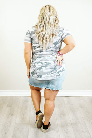 Glitzy Girlz Boutique Curvy Good Thing Going Top, Grey Camo