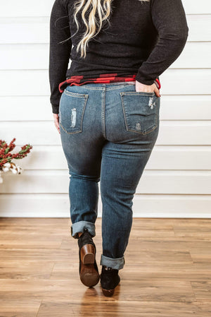 Glitzy Girlz Boutique Curvy Jaeda Denim Jean