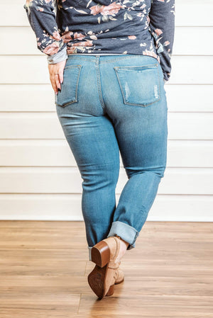Glitzy Girlz Boutique Curvy Jennalee Denim Jeans
