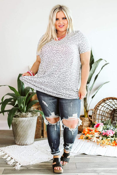 Glitzy Girlz Boutique Curvy Two Of Hearts Top In Grey and Ivory